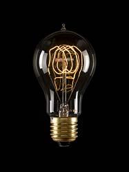 Faszination Kohlefadenbirne mit ihrem Tageslicht ähnlichem Licht.